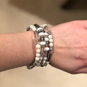 Chico's white and silver beaded bracelet